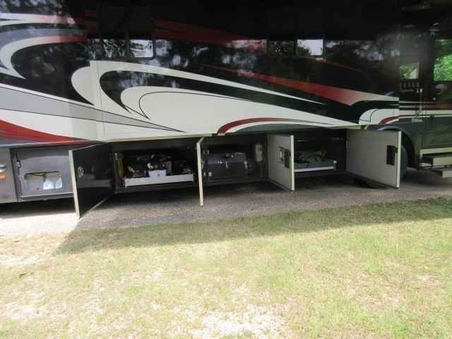 """2010 Used Monaco Dynasty MAJESTIC Class A in Louisiana LA.Recreational Vehicle, rv, 2010 Monaco Dynasty MAJESTIC, Roadmaster S-Series Chassis, Cumnins 500 ISM, NEW TIRES, Allison 4000-MH 6speed, Two stage engine brake, cushion air glade suspension, auto air leveling, 10,000 lb, Hitch, Seamless One piece fiberglass roof, electric power sun screens with black out shades, full tile floor entry leading, Residential refrig, SS space saver microwave, recessed 2 burner gas cooktop, 42"""" TV Living…"""