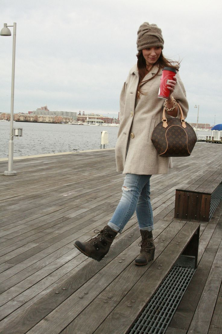 Love these sorel wedge boots!