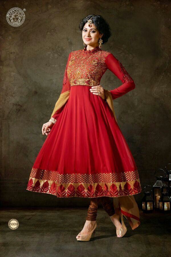 Buy Online Indian Suits and Sarees For Orders and Queries please Whatsapp on +919714569410 Or DM me. Limited offer. hurry Price : Rs.2299 INR/ $42 USD + Shipping #pihufashion #fashion #indian #desistyle