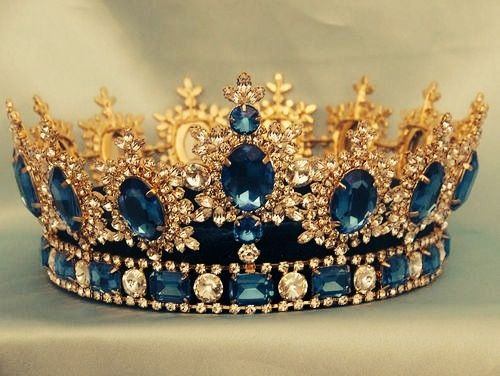 I'm a Princess too. <3 the blue jewels