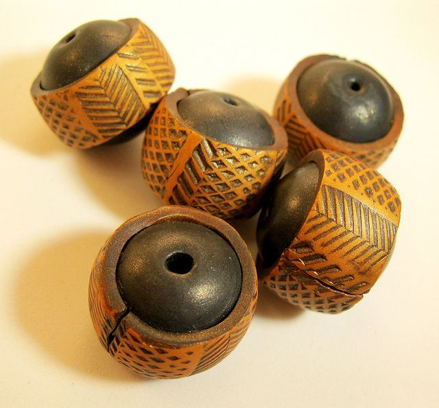 Rebecca Watkins, aka Artybecca, made these gorgeous beads