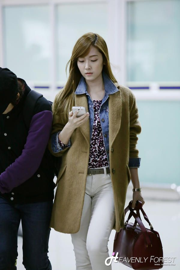Jessica Jung Airport Fashion Jessica Jung Pinterest Coats Airport Style And Airport Fashion