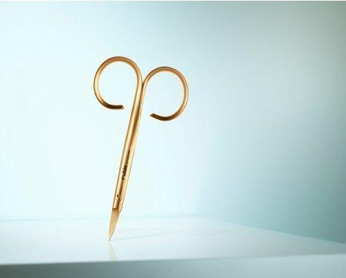 Nagelschere Classic Gold - hochwertige Nagelschere, unentbehrlich fuer gepflegte Haende - aus vergoldetem Chirurgenstahl in unverwechselbarem Design - Rubis Switzerland