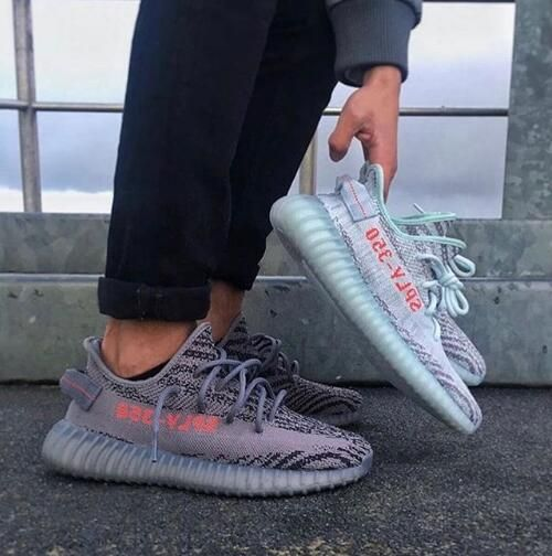 adf0ee43b Adidas Yeezy Boost 350 V2 Look my BIO link to get the real hot shoes    lower price easily. website  www.findsneaker.net (link in my bio) DM    Contact me  ...