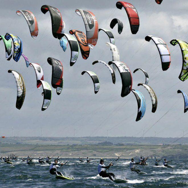 Bretagne - Le Kite Surf à Tréboul, Finistère                                                                                                                                                                                 Plus