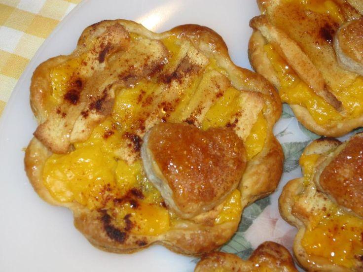 massa folhada, creme de pasteleiro e maçã com canela