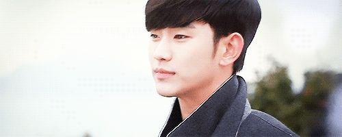 28 calientes e hilarante Soo Hyun Kim expresiones faciales que celebran su cumpleaños número 28