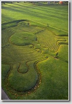 Town Common, Saffron Walden, Essex, est. 1699 - It gives me chills to imagine how powerful it would be to visit these labyrinths that people have walked for 100s of years.