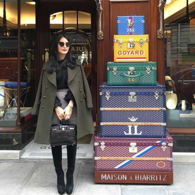 Celebrity travel essentials for women