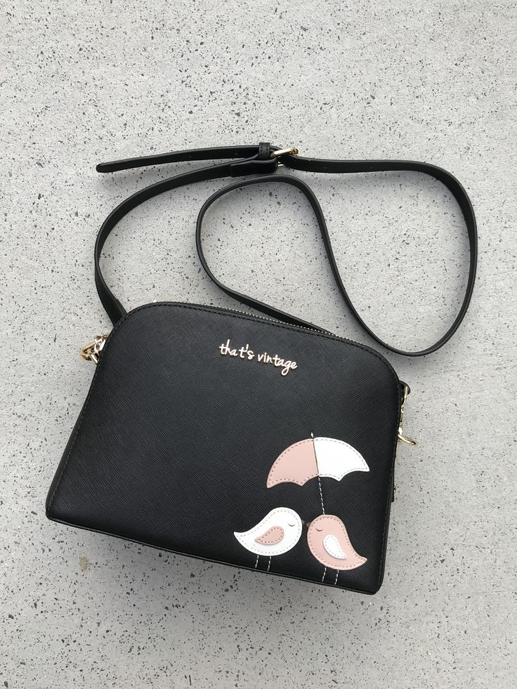 Two birds handbag from that's vintage