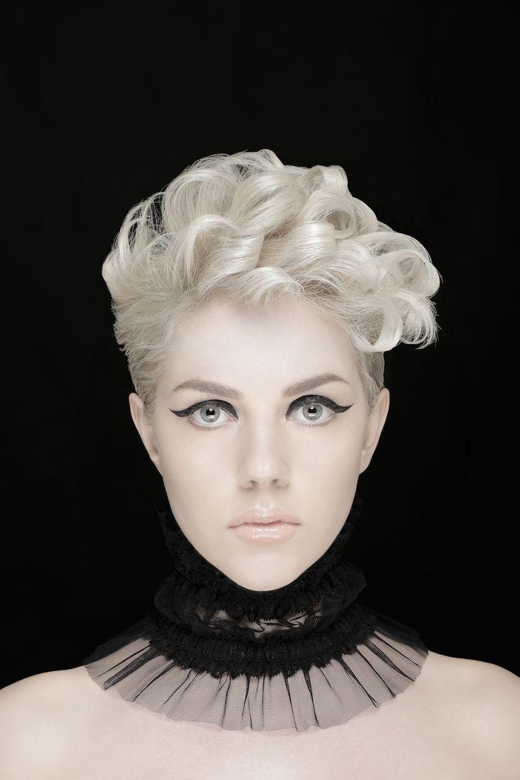 Make-up: Rossano de Cesaris Hair: Giovanna Antonia Stasi Model: Jessica Frascarelli © Lumina Sense art lab - Servizio fotografico realizzato presso studio fotografico limbo cyclorama e sala posa Lumina Sense art lab a Roma