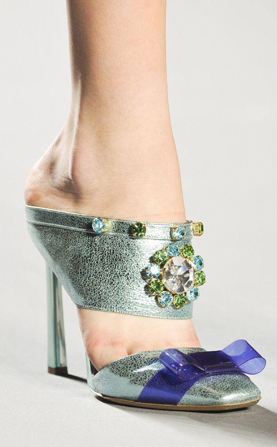 Tendencia Zapatos Mules: Viktor