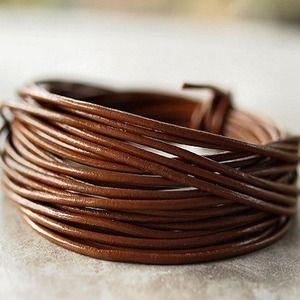 1 mètre de Cordon de cuir véritable rond 2mm couleur chocolat