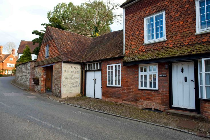 https://flic.kr/p/T5XiX7 | Chipstead Village Kent | www.adamswaine.co.uk Chipstead is a small village in the parish of Chevening (where the 2011 Census population is included), near Sevenoaks, Kent and just off the A21 and A25 roads. It is rapidly becoming part of the built up area of Sevenoaks. It is also within a short distance of the M25 motorway, though not visible from i