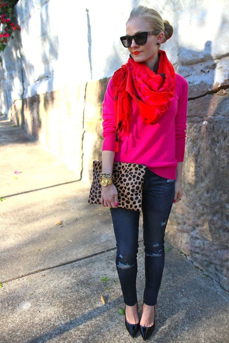 Love the color here! This vibrant pink with animal prints is a great way to move towards fall in your wardrobe.