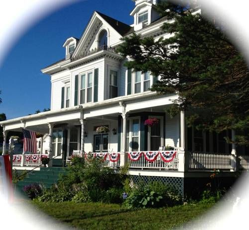 Center Harbor Sutton House B & B, Center Harbor, NH, United States Overview | Priceline.com Hotels
