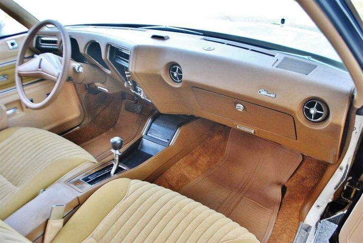 192 best images about classic car interiors on pinterest for 1976 oldsmobile cutlass salon