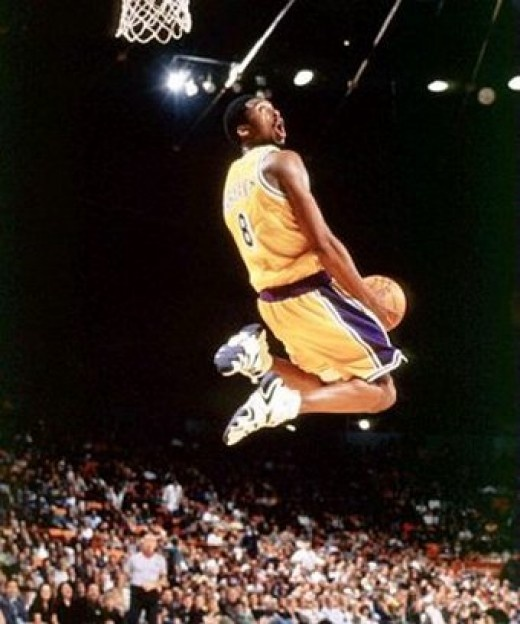 Kobe with the reverse. Man he could get up