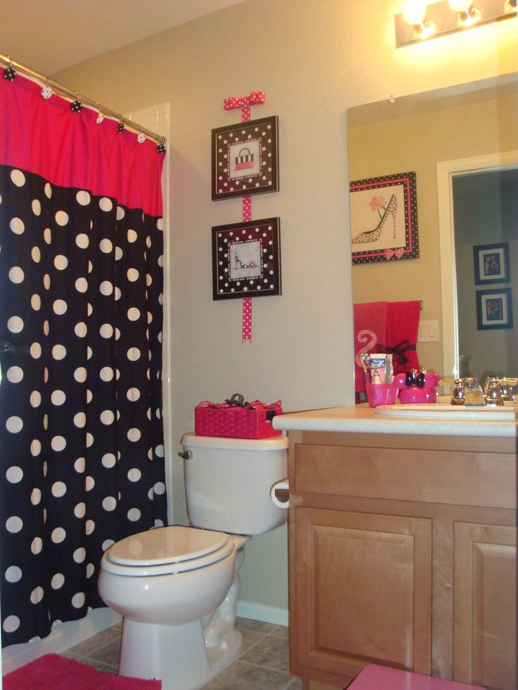 My Daughters Minnie Mouse Themed Bathroom, With Out Going Way To Over On  Minnie Decor