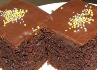 Hrnkový čokoládový koláč: Příprava trvá jen 7 minut a nepotřebujete váhu ani odměrku