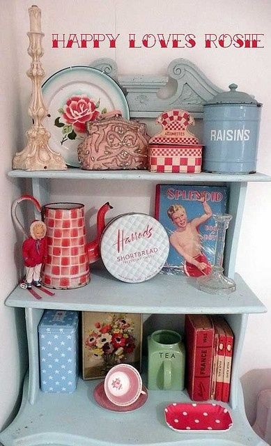 How adorable is this aqua and red shelf, with red gingham accent pieces?