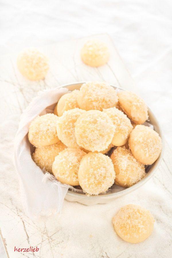 Orangen Kugeln Rezept // Kekse Rezept // Cookies Recipes //herzelieb - Diese kleinen Kekse sind schnell gebacken und noch schneller verputzt