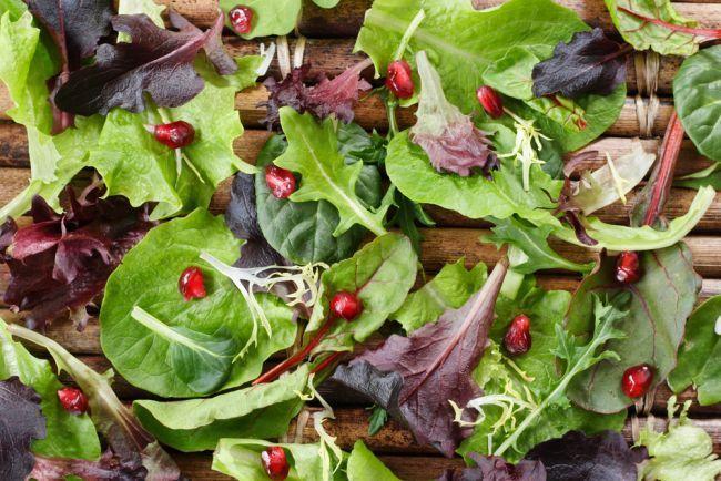 Salata crocanta cu rucola si rodie - www.Foodstory.ro