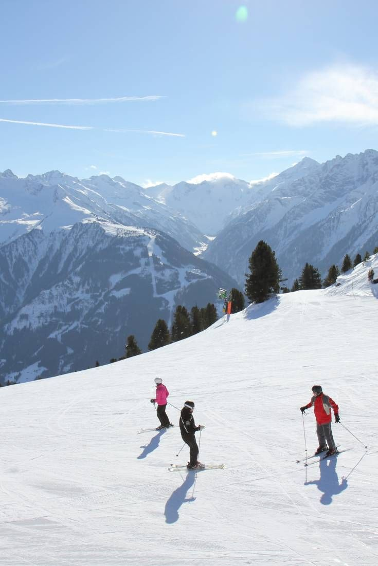 Browse galleries showcasing the amazing cafés, hotels, and ski resorts that are available in Austria for productions.