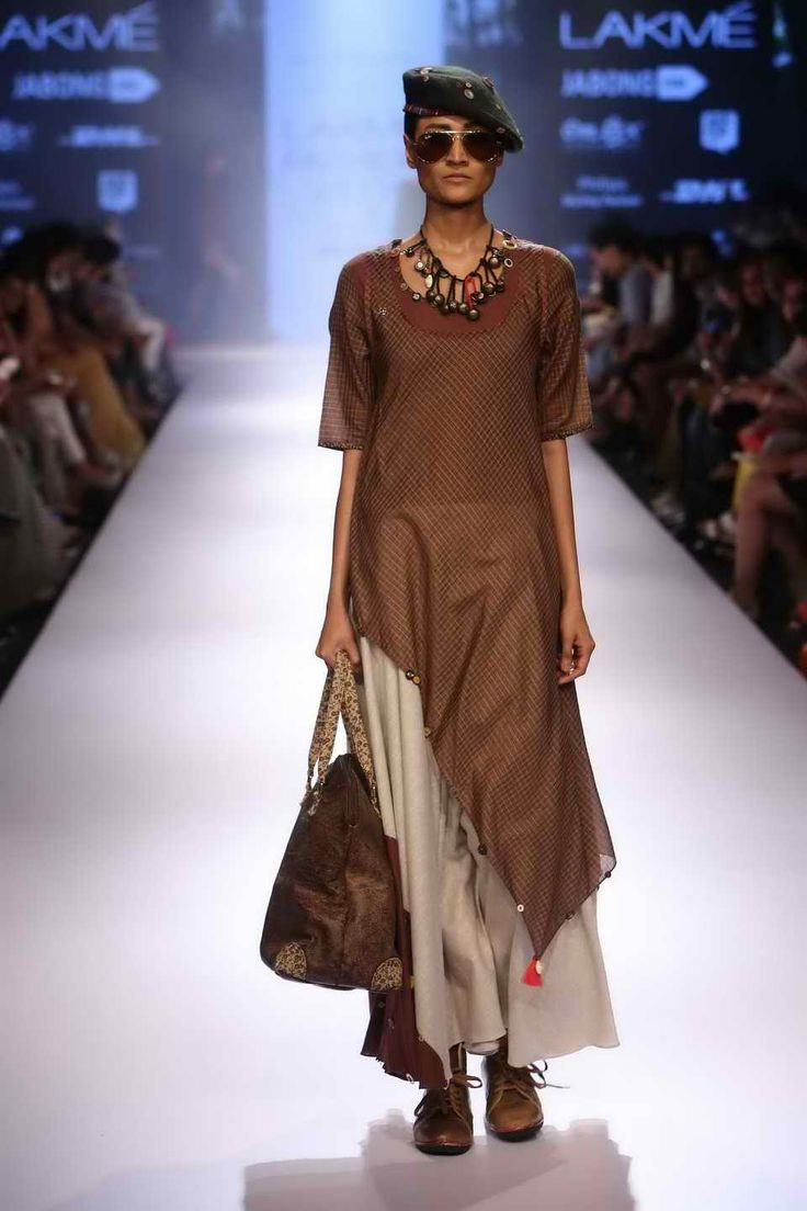 Lakmé Fashion Week – MAYANK ANAND SHRADDHA NIGAM
