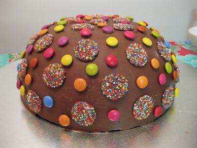 cakes | ... pinata cake (source: Women's Weekly Kids' Birthday Cakes Cookbook