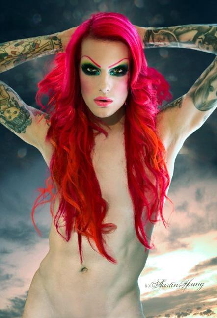 Carmen eletra topless strip