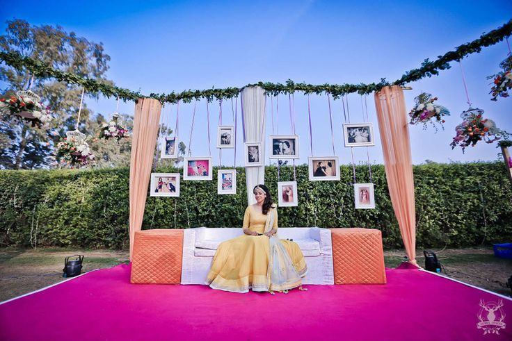 Calling all budget brides out there! Photobooths look so fun, and these days, no wedding is complete without them! So if you're looking for some easy peasy ways to put up a photobooth without spending...