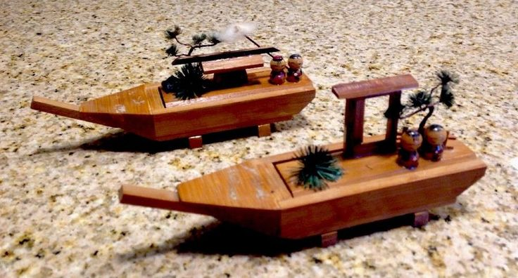 Vintage 1970s Japanese Bamboo Boat Art Handmade Decoration