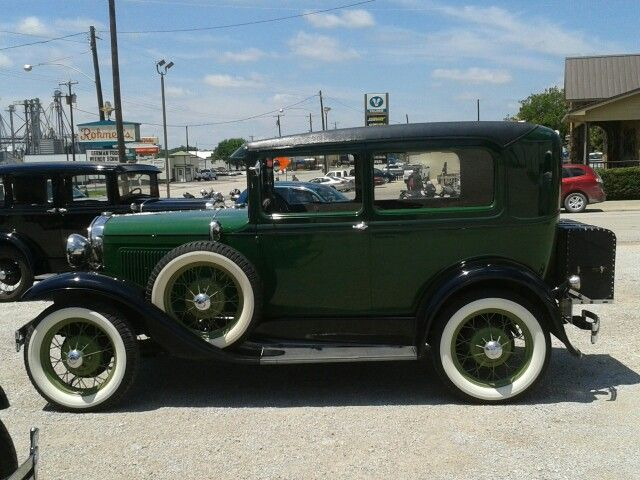 Antique Ford Cars Pictures
