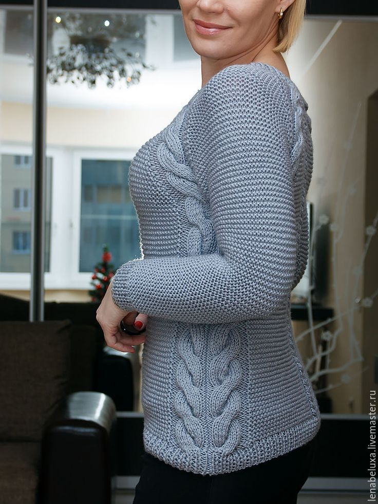 Купить или заказать Вязаный пуловер реглан. Серый. в интернет-магазине на Ярмарке Мастеров. Пуловер связан спицами. Рукава-реглан. Прямой силуэт. Длинные рукава. Круглая горловина.…