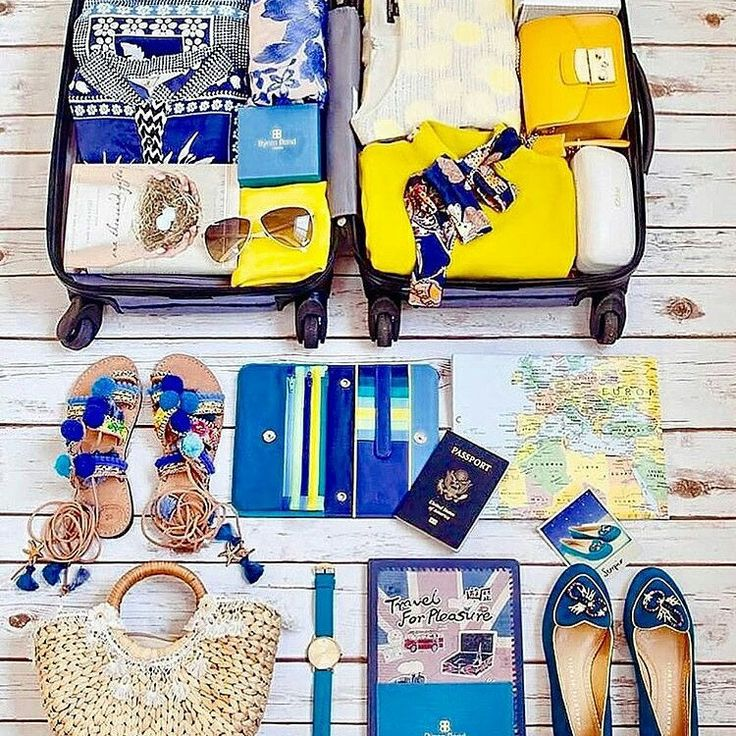 The weekend is here and who doesn't love a perfectly organised & super stylish suitcase, with all the summer getaway essentials! Thank you @mayandtravel