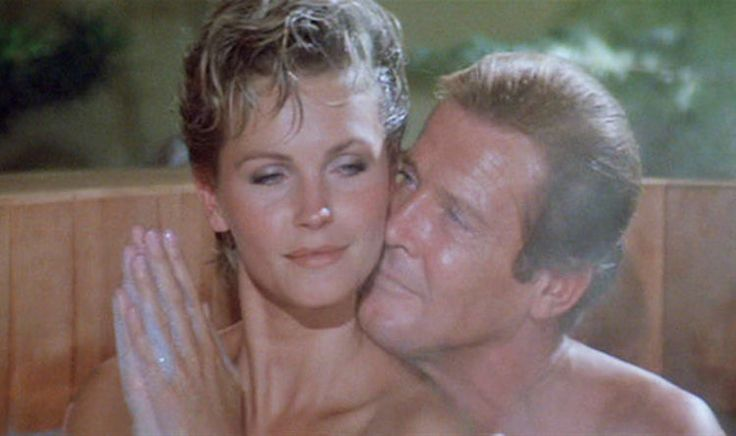 A View To A Kill: LOOK at Bond beauty Fiona Fullerton now at 60 https://link.crwd.fr/gPP