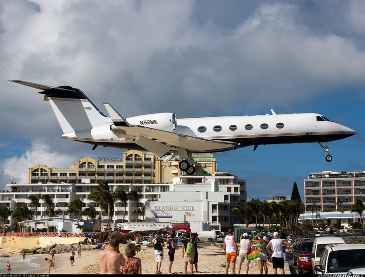 Gulfstream Aerospace G-IV Gulfstream IV-SP - Untitled | Aviation Photo #1511278 | Airliners.net