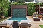Jardim com piscina e área de estar super aconchegante | Casa