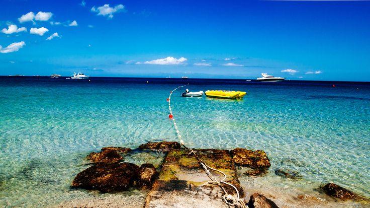 Hotel op Ibiza  Ben je klaar voor een welverdiende zonvakantie? Verblijf 5 7 10 of 14 nachten in Hotel Playasol Mare Nostrum o.b.v. halfpension of all inclusive inclusief gebruik van zwembad transfers en retourvlucht  EUR 449.00  Meer informatie  #vakantie http://vakantienaar.eu - http://facebook.com/vakantienaar.eu - https://start.me/p/VRobeo/vakantie-pagina