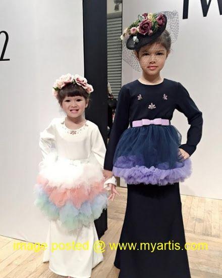 """6 GAMBAR - AKSI ANAK-ANAK QUE HAIDAR KETIKA JADI MODEL   Wah... pandai sungguh anak-anak Que Haidar dan Linda Jasmine Tengku Ratu Haidar dan Tengku Cleopatra Haida bergaya ketika menjadi model untuk baju raya baru-baru ini. """"I'm so proud of them.. Doing good job like pro.."""" ujar Que di laman IGnya. Jom tengok aksi dua beradik ni!<< BERITA & GAMBAR SELANJUTNYA - SILA KLIK >> via My Artis Gosip"""