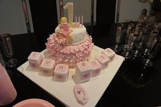 Pretty Princess themed cake