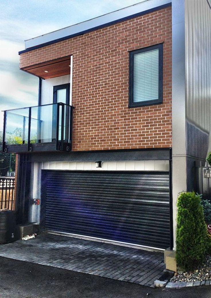 Modern House With Black Roll Up Garage Door : Roll Up Doors For The Garage
