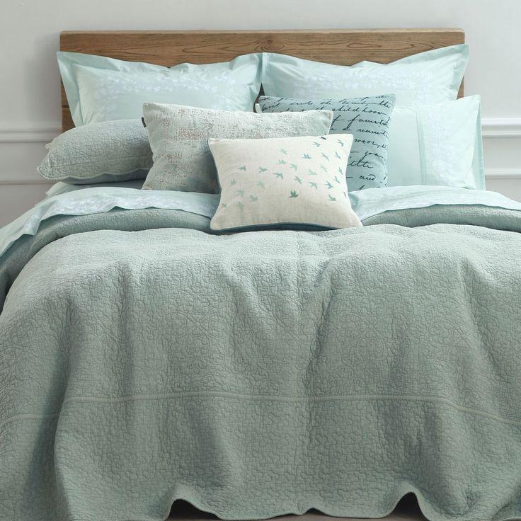 * Bedspread Sets Include:Queen - 265 x 260 + 2 50 x 75 PillowcoversKing - 285 x 270 + 2 50 x 75 PillowcoversSuper King - 315 x 270 + 2 50 x 75 Pillowcovers