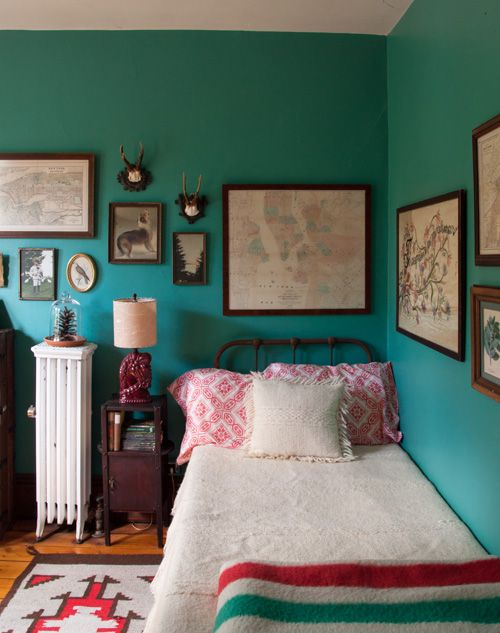 Beyond the bed 12 tips for the best guest room ever for Best bedroom designs ever