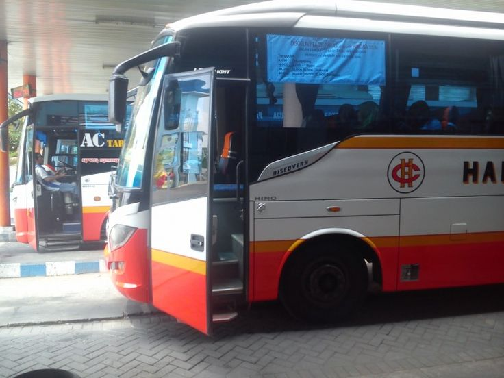Tarif Angkutan Bus Jurusan Tulungagung-Surabaya Menurun