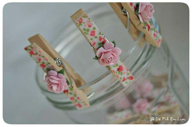 De petites d cos romantiques mettre partout ou utiliser en marque place pour un mariage un - Pince a linge mariage ...