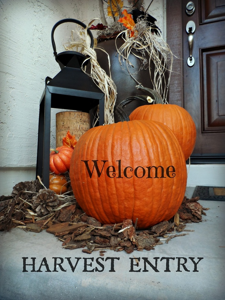 creating a dramatic fall entry stoop - Halloween Rental Decorations