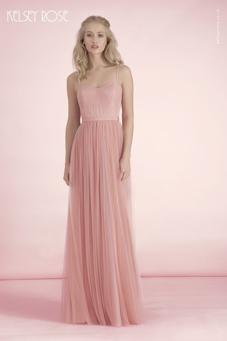 69 best Trajes images on Pinterest | Outfits, Bridesmaids and Flower ...