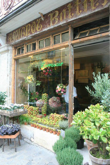 remembering stores we saw in Paris